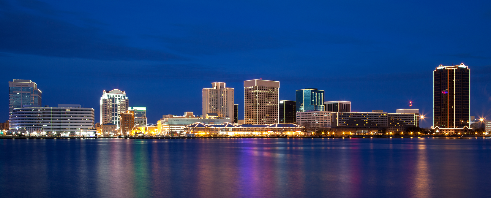 norfolk-va-waterfront-skyline-nighttime